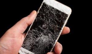 iPhone Display verbogen und kaputt